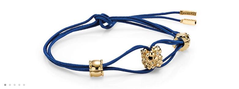 bracelet Pandora bleu avec clip