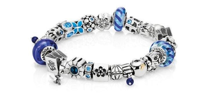 charm pandora bleu clair