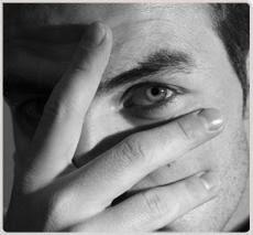Augenringe und Tränensäcke