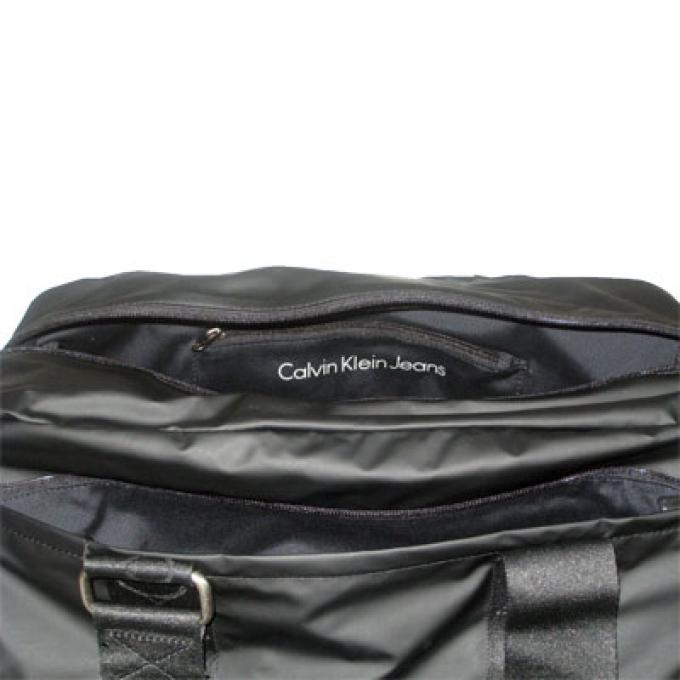 sac 48h en toile gomme ou sac de sport chic ck calvin klein and calvin klein jeans sac homme. Black Bedroom Furniture Sets. Home Design Ideas