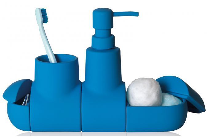 Set d 39 accessoires salle de bains bleu porcelaine blue for Set accessoires salle de bain design