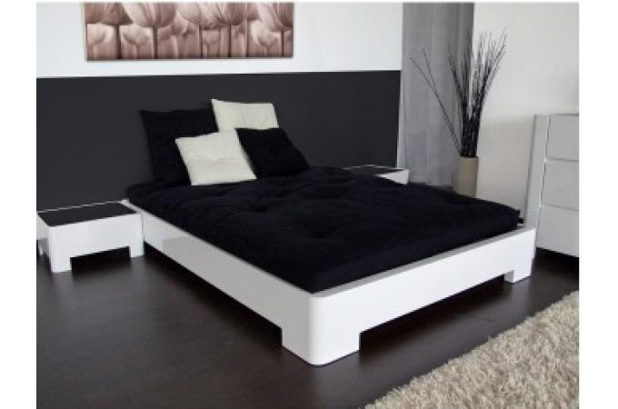 lit laque blanc brillant maison design. Black Bedroom Furniture Sets. Home Design Ideas