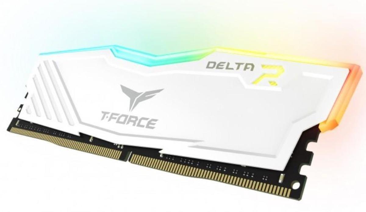 Kit de RAM Team Group Delta RGB DDR4 3200 MHz 2 x 8 Go T-Force Blanc
