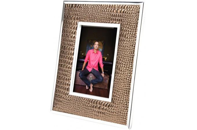 cadre photo design bois ou plexi cadre photo baroque ou moderne page 1. Black Bedroom Furniture Sets. Home Design Ideas